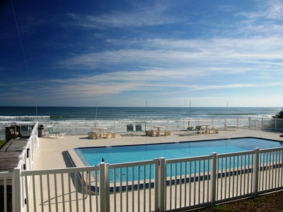 Oceanside Village Direct Oceanfront Townhome