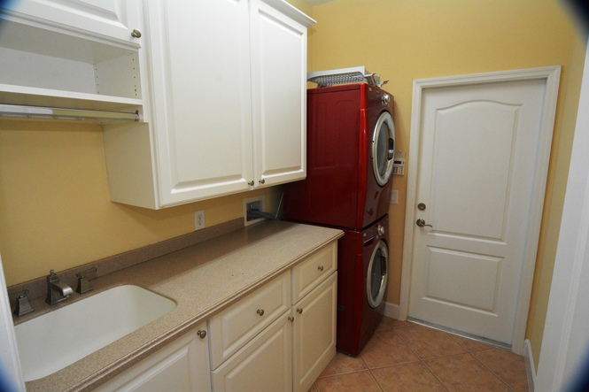 Laundry w Cabinets and Washer & Dryer
