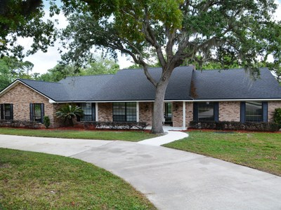 REMODELED AND MOVE-IN READY IN DESIREABLE SWEETWATER!